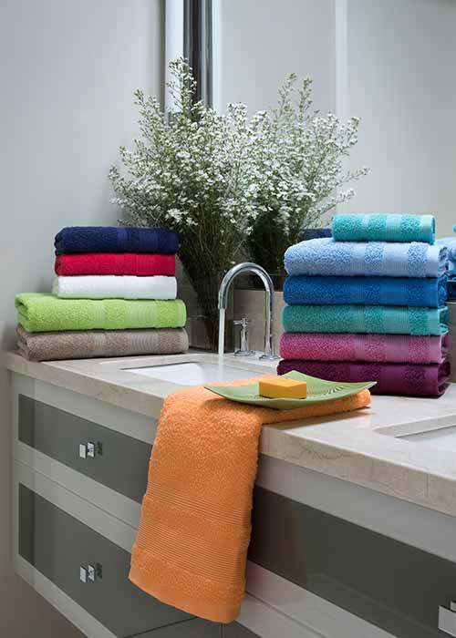 Toallones arco iris liso detroit 80x150 marca for Casa royal sucursales